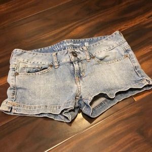 Guess short jean shorts size 27